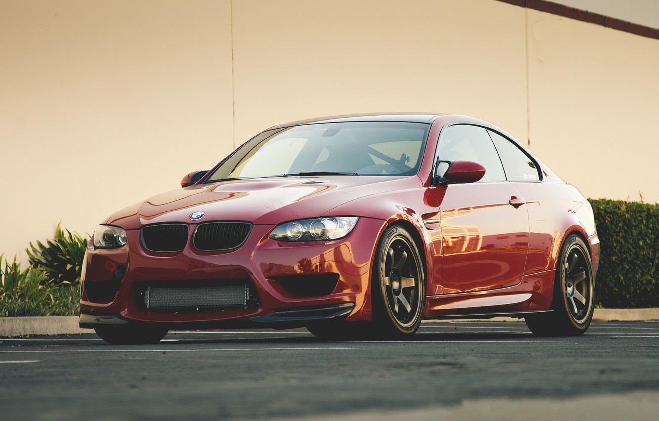 Photo wallpaper red, bmw, BMW, red, front view, e92, tinted, yellow wall