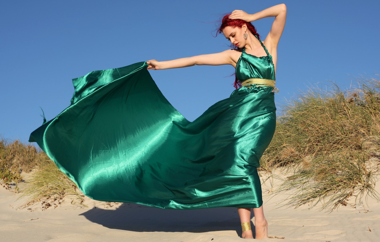 Photo wallpaper sand, girl, pose, hair, train, dress, red, green