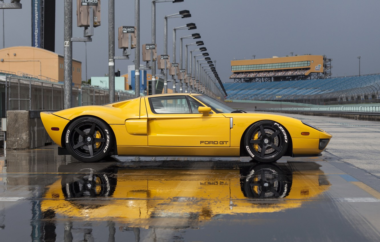 Photo wallpaper Ford, yellow, track, profile, hre, gt