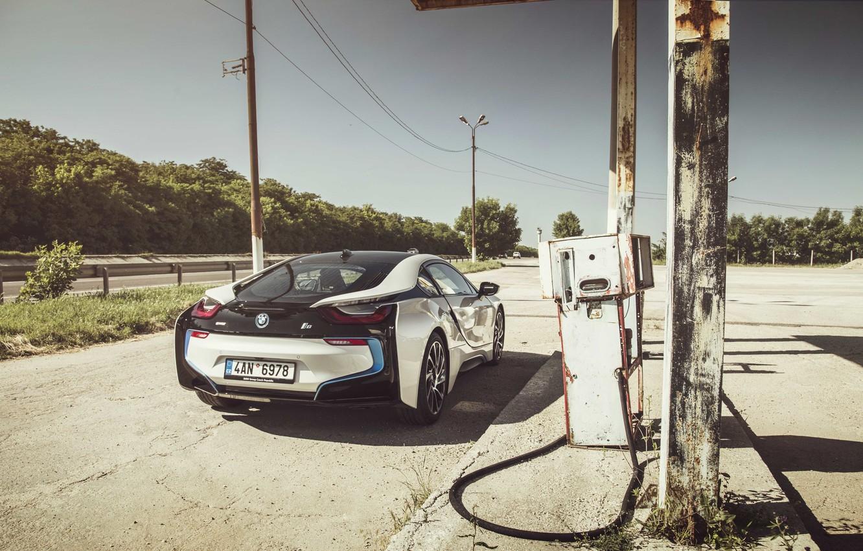Photo wallpaper road, shadow, wheel, back, solar, power lines, BMW i8, the fuel pump