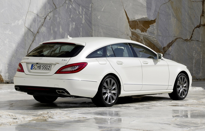 Photo wallpaper white, background, CLS, Mercedes, Mercedes, rear view, granite, universal, 250, Shooting Brake, Tsls, CDI