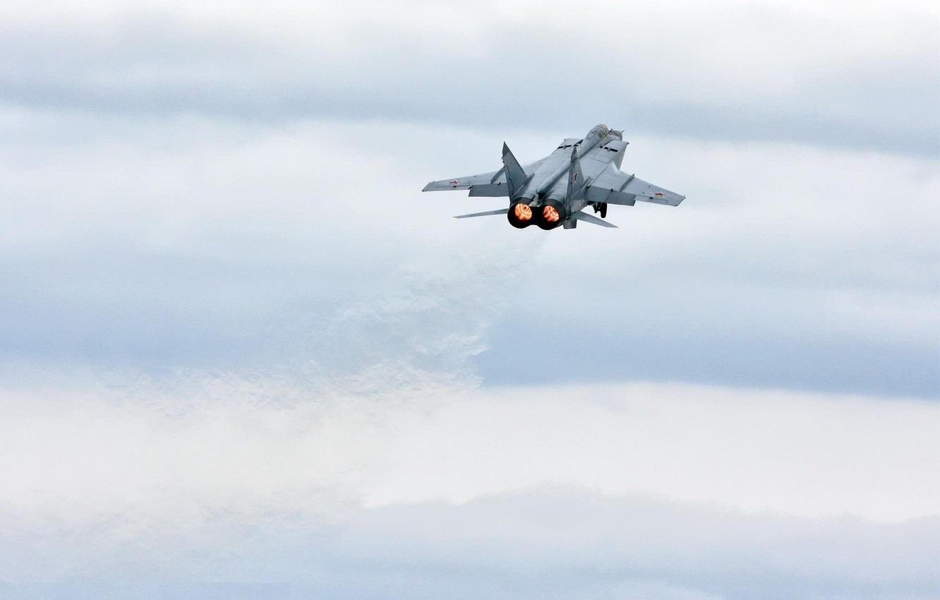 Photo wallpaper clouds, the rise, fighter-interceptor, MiG 31