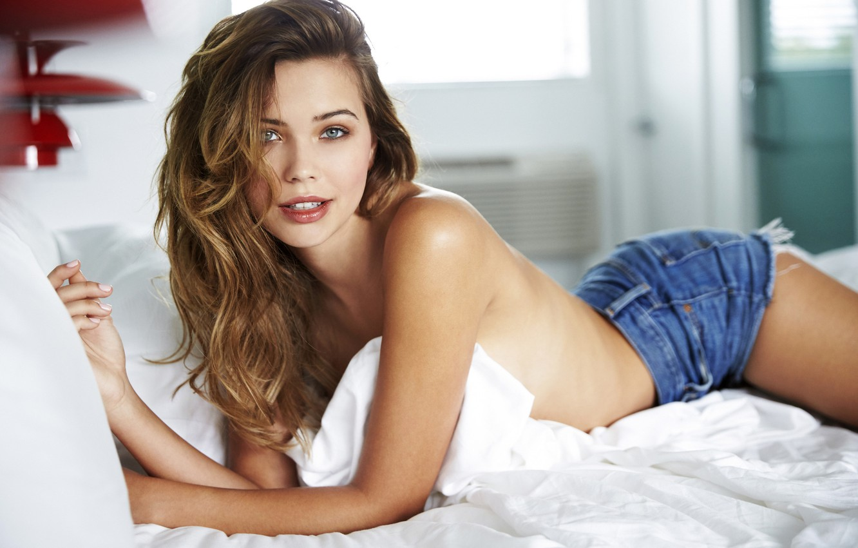 Photo wallpaper ass, girl, shorts, back, beautiful, Sandra Kubicka