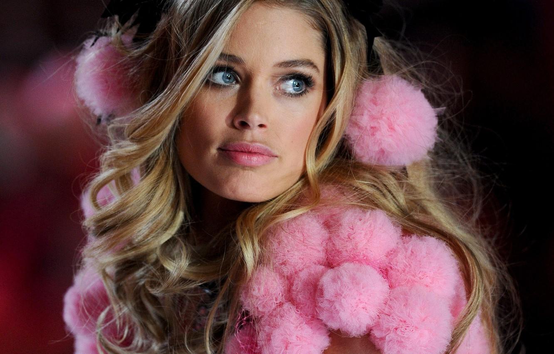 Photo wallpaper model, Doutzen Kroes, show, Victoria's Secret