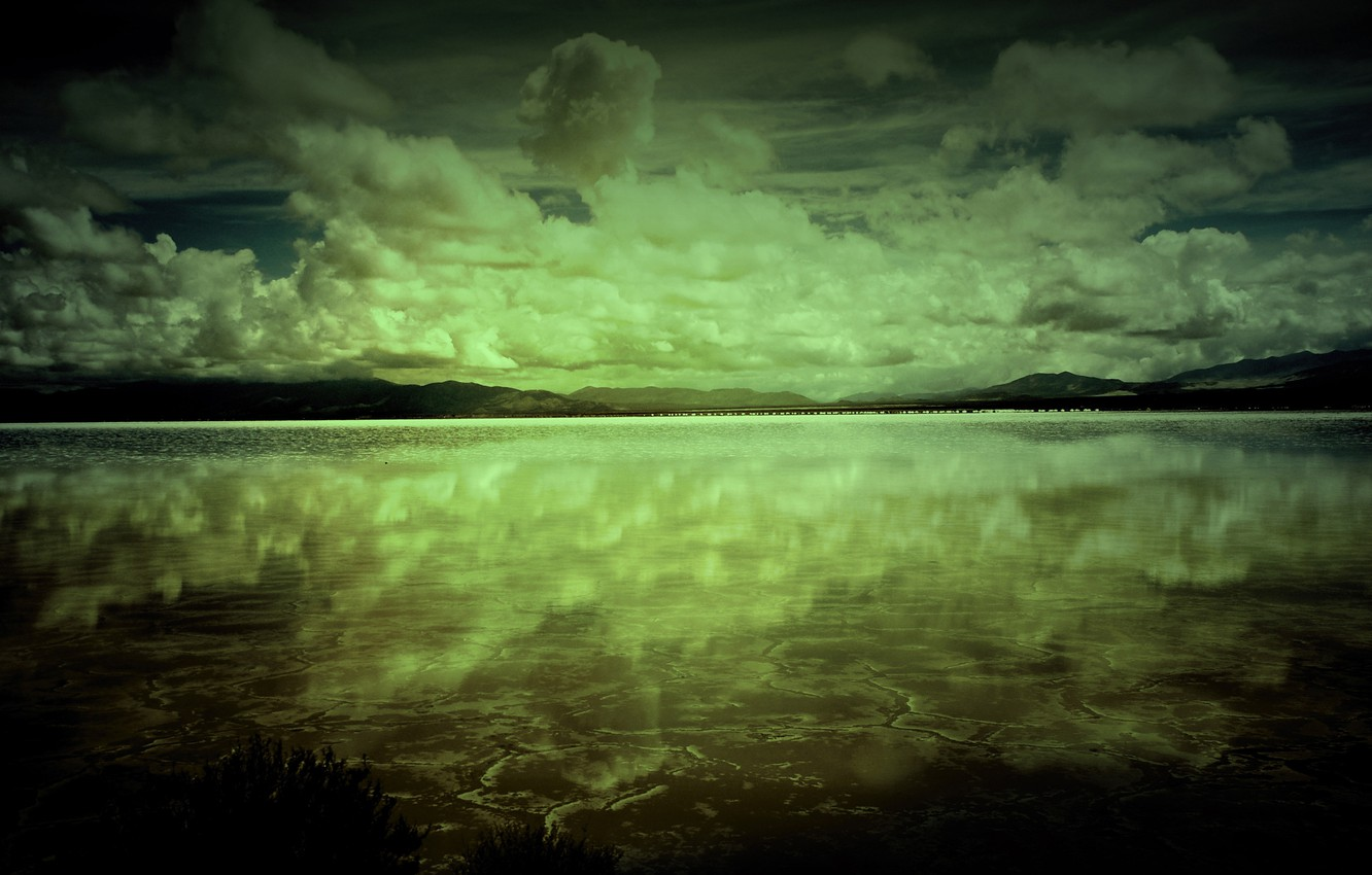 Photo wallpaper clouds, lake, reflection, the darkness