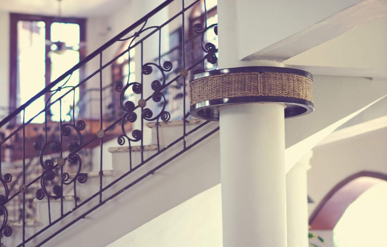 Photo wallpaper house, ladder, column