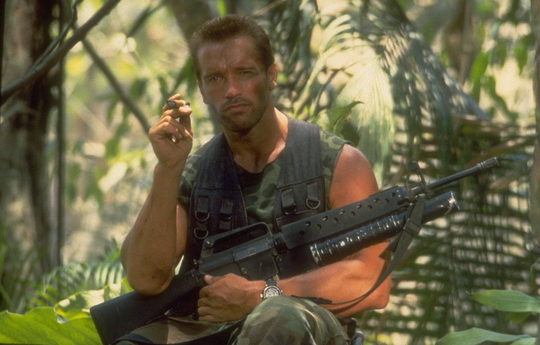 Photo wallpaper watch, man, machine, cigar, Actor, Predator, Predator, Arnold Schwarzenegger, Producer, Director, Arnold Schwarzenegger