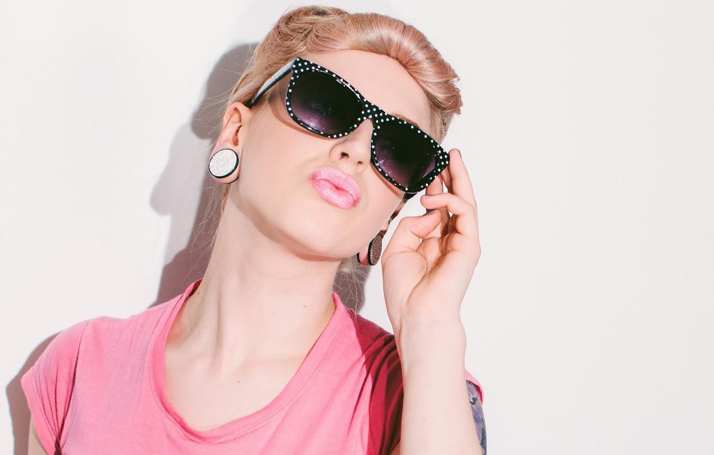Photo wallpaper girl, glamour, glasses, lips
