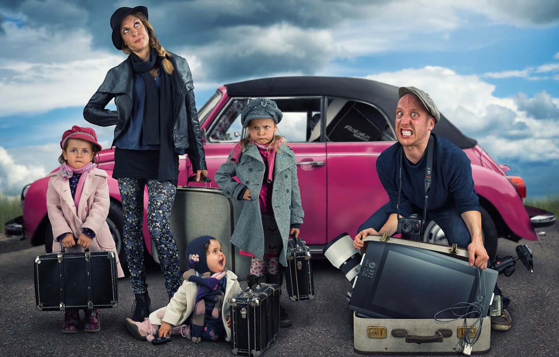 Photo wallpaper children, girls, humor, family, moving