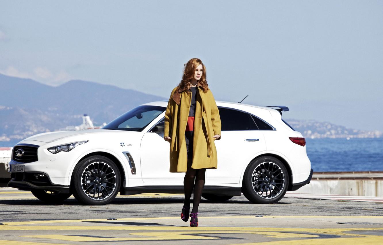 Photo wallpaper girl, landscape, mountains, model, infiniti, fashion, coat, fx50, hatchback, quote, vettel edition