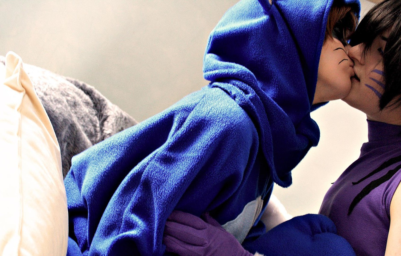 Photo wallpaper mustache, kiss, pair, hood, gloves, pillow, two, bike