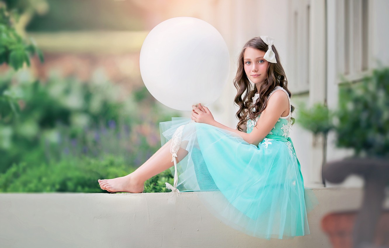 Photo wallpaper look, balloon, mood, barefoot, ball, dress, girl