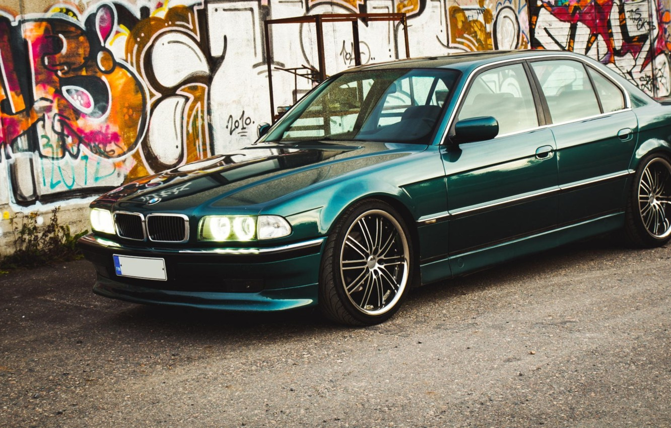 Wallpaper Lights Bmw Drives Classic Bmw E38 740il Images For Desktop Section Bmw Download