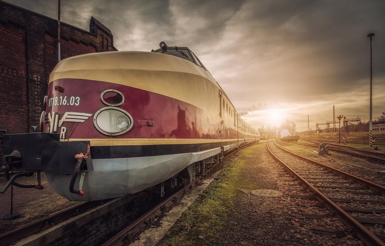 Photo wallpaper road, train, station