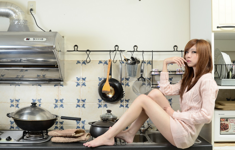 Photo wallpaper girl, kitchen, Asian