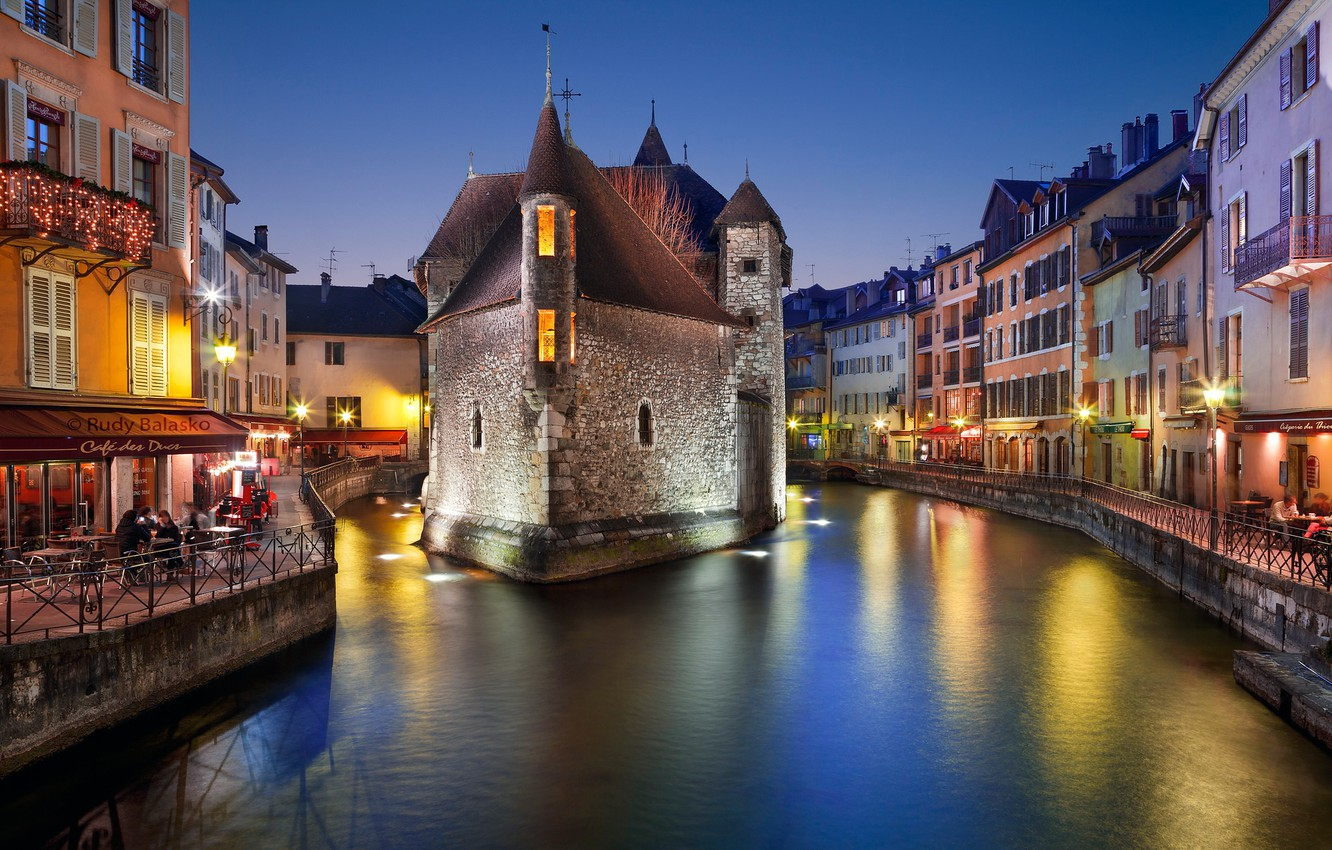 Photo wallpaper lights, France, home, the evening, channel, Annecy