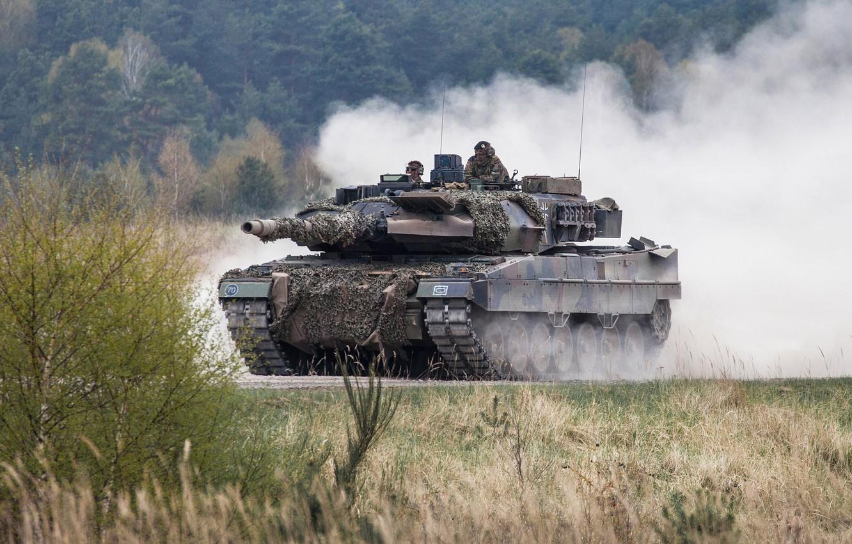 Photo wallpaper dust, tank, combat, Leopard 2A6M
