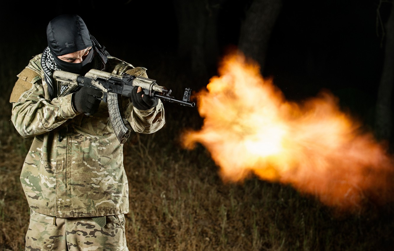 Photo wallpaper weapons, fire, flame, male
