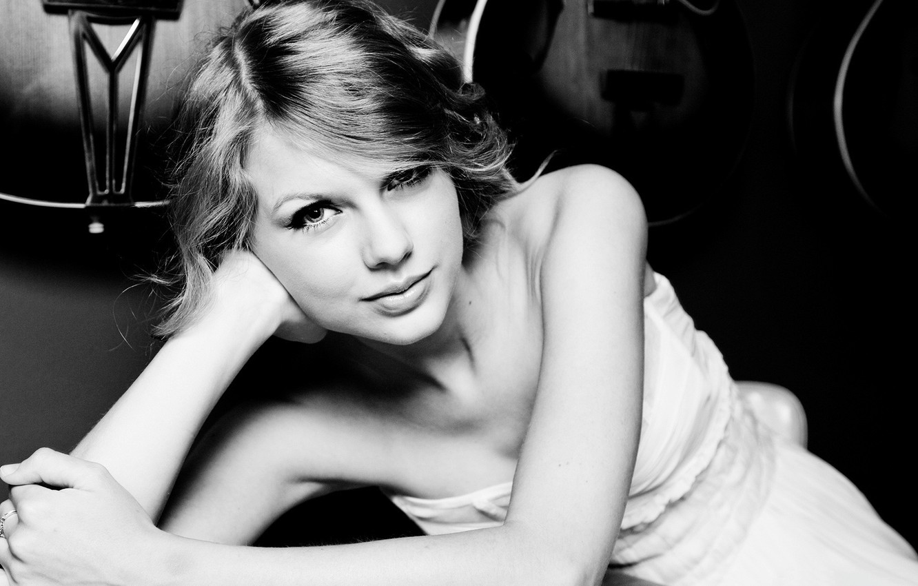 Photo wallpaper look, smile, black and white, black and white, singer, Taylor Swift, black and white, Swift …