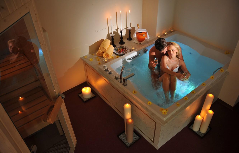 Photo wallpaper love, romance, woman, candles, bath, male