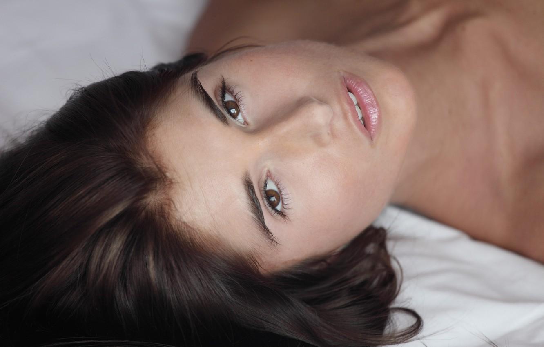 Photo wallpaper look, bed, Nessa