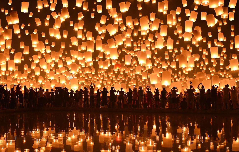 Photo wallpaper Chiang Mai, Loi Krathong Festival, Floating Lanterns