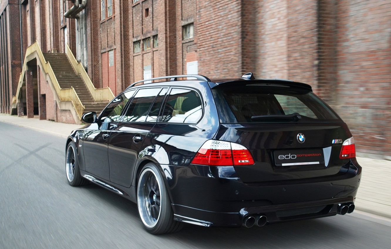 Photo wallpaper BMW, E61