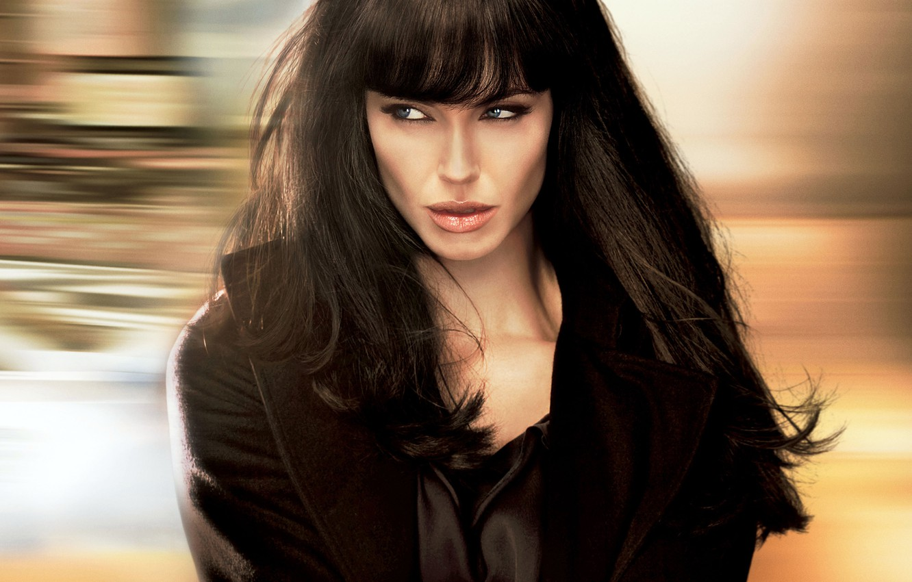 Photo wallpaper Angelina Jolie, Girl, Action, 2010, Beautiful, Evelyn, Wallpaper, Eyes, Woman, Year, Face, Lips, Movie, Russian, …