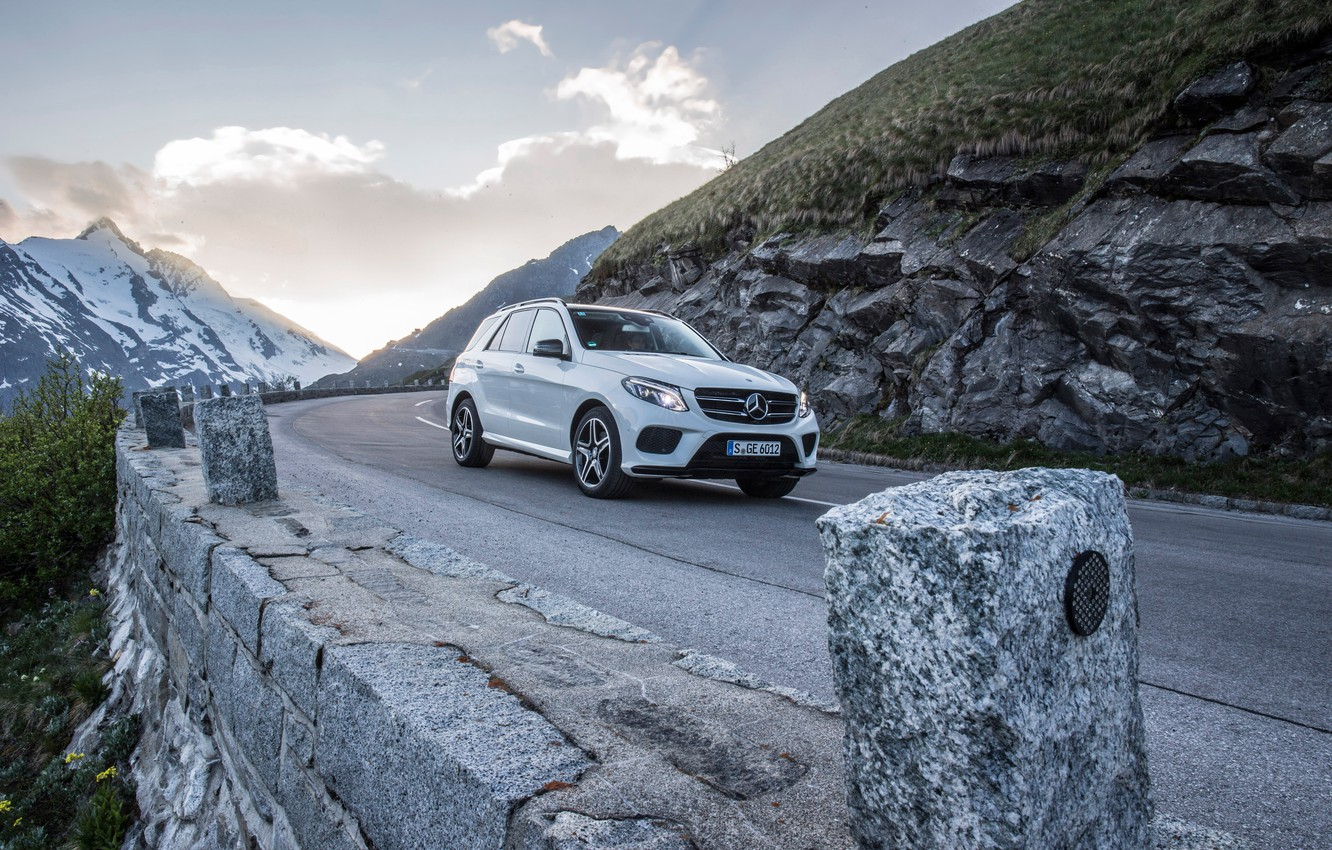 Photo wallpaper white, coupe, Mercedes-Benz, Mercedes, AMG, Coupe, 4MATIC, 2015, C292, GLE 450