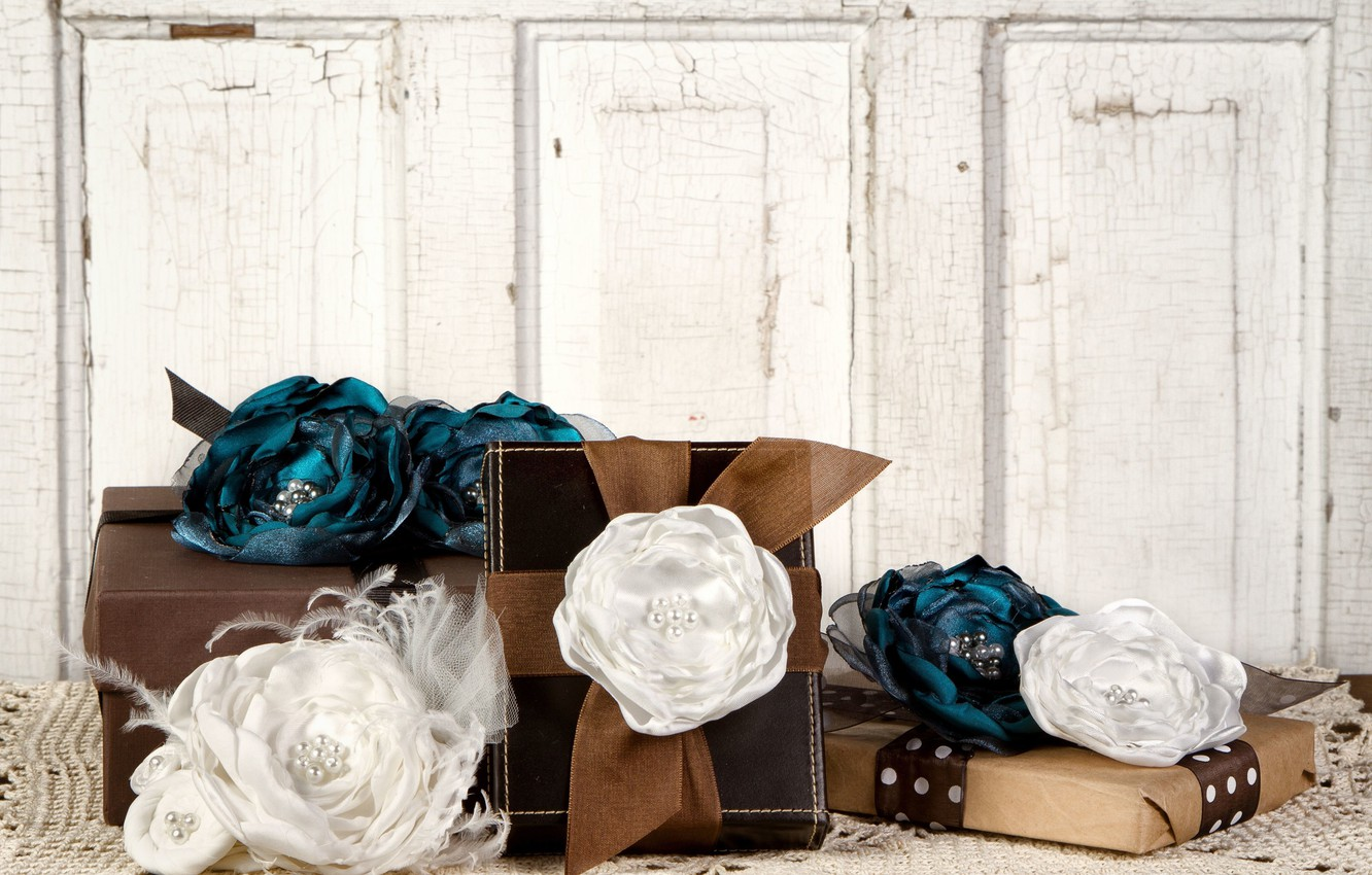Photo wallpaper background, holiday, Wallpaper, mood, roses, tape, gifts, decoration, bow, widescreen, box, roses, full screen, HD …
