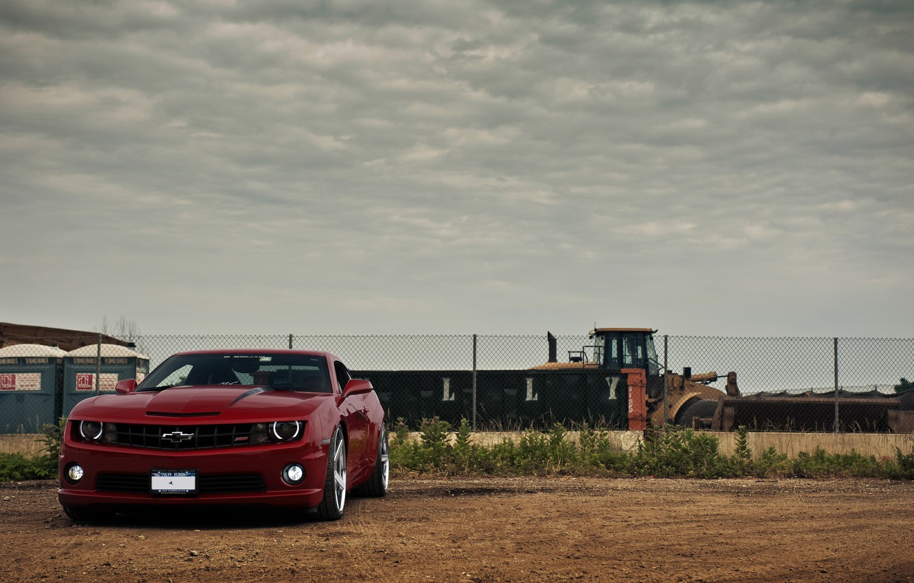 Photo wallpaper the sky, red, clouds, the fence, red, Chevrolet, front view, chevrolet, bulldozer, camaro ss, Camaro …