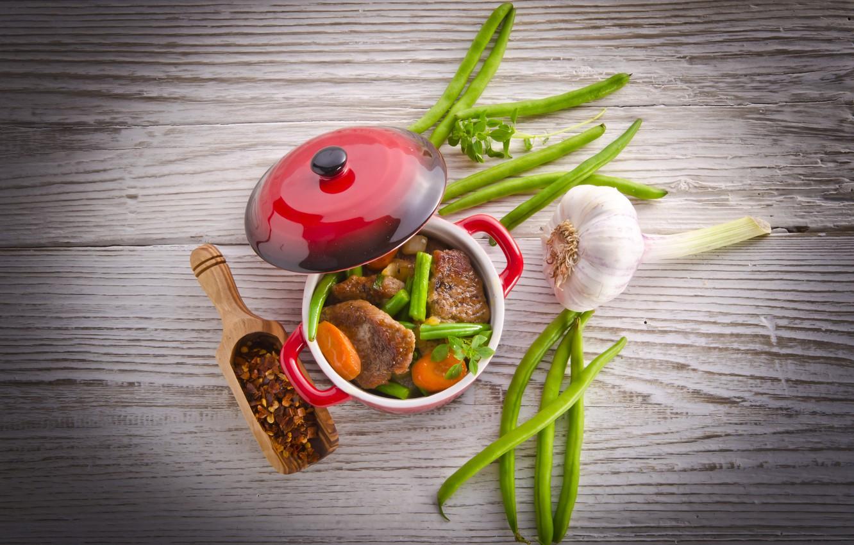 Photo wallpaper meat, carrots, garlic, pods, saucepan