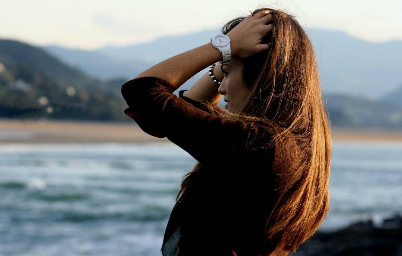 Photo wallpaper sea, look, girl, river, background, Wallpaper, mood, watch, blur, hands, wallpaper, brown hair, widescreen, background, …