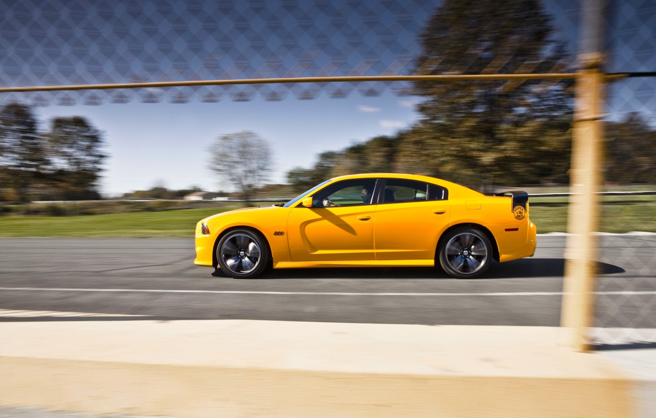 Photo wallpaper Auto, Yellow, Dodge, Sedan, Dodge, SRT8, Charger, Super Bee, Side view, In motion