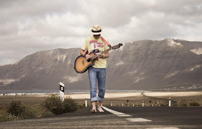 Photo wallpaper road, music, guitar, guy