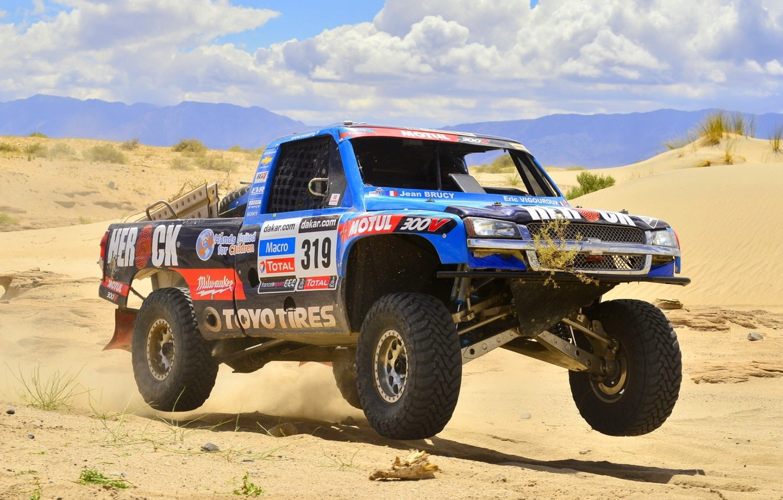 Photo wallpaper sand, the sky, Chevrolet, Chevrolet, pickup, the front, racing car, Silverado, Silverado, Trophy Truck