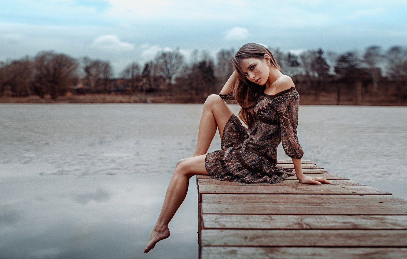 Photo wallpaper girl, pose, lake, model, portrait, dress, legs, sexy, beautiful, the beauty, the bridge, water, beauty, …
