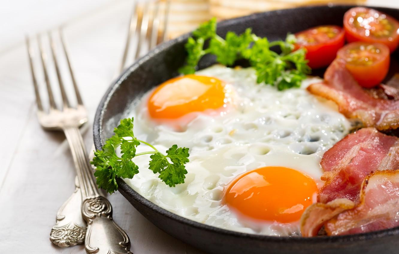 Photo wallpaper food, Breakfast, scrambled eggs, tomatoes, parsley, bacon