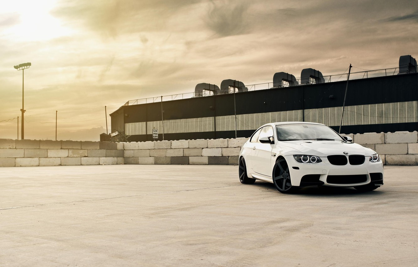Photo wallpaper roof, white, the sky, clouds, bmw, BMW, coupe, lantern, white, e92