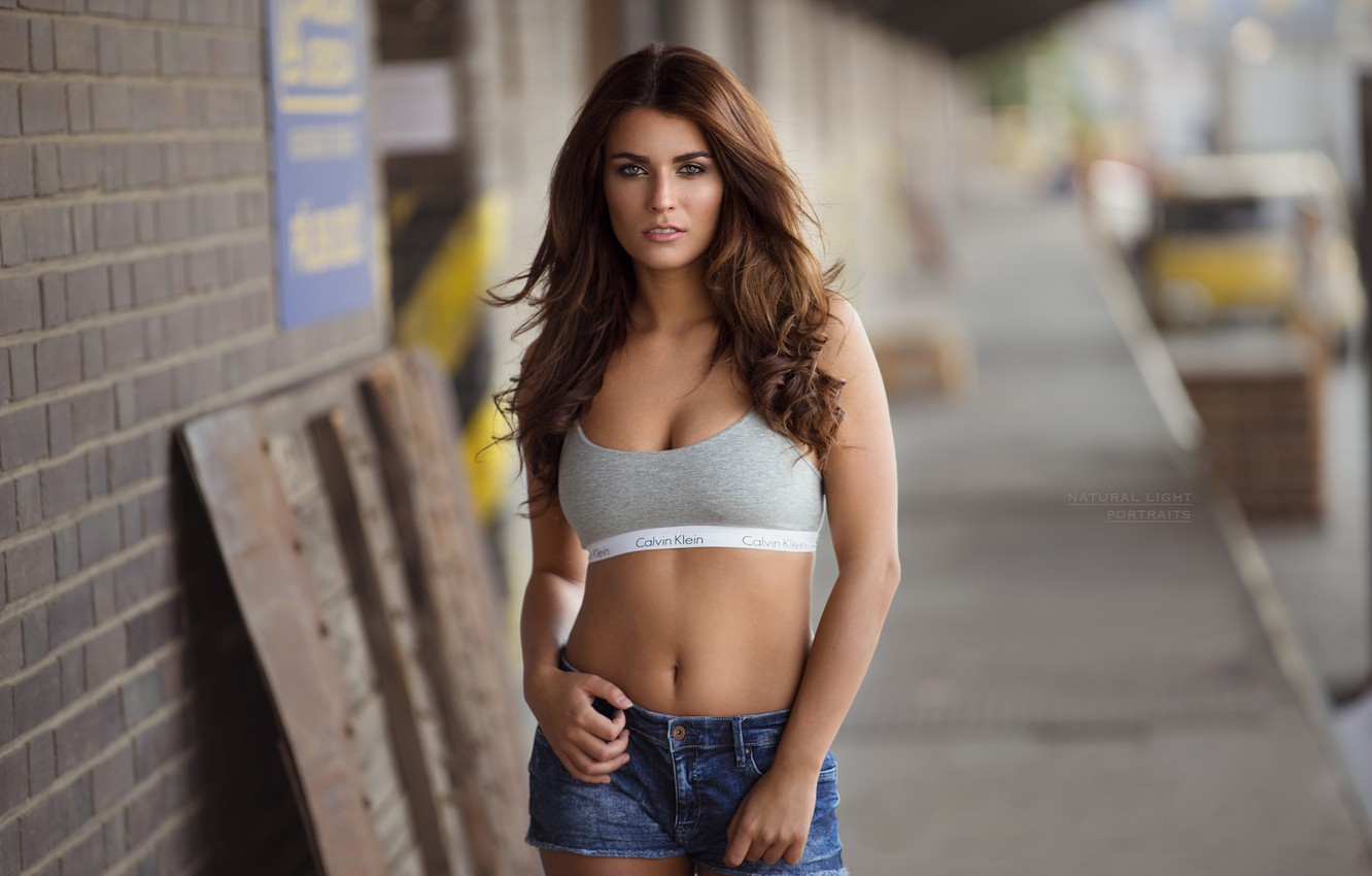 Wallpaper Girl Sexy Pose Street Shorts Makeup Figure Hairstyle Brown Hair Topic Bokeh Robert Chrenka Anet Images For Desktop Section Devushki Download