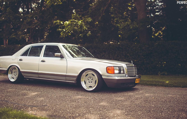 Photo wallpaper Mercedes-Benz, stance, w126