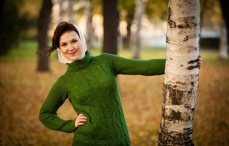 Photo wallpaper autumn, girl, smile, brunette, green, birch, shawl, sweater
