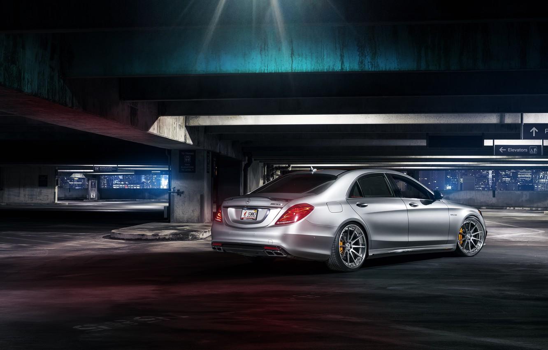 Photo wallpaper Mercedes-Benz, night, rear, parking, S63