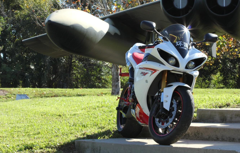 Photo wallpaper the plane, wing, motorcycle, white, yamaha, bike, Yamaha, yzf-r1