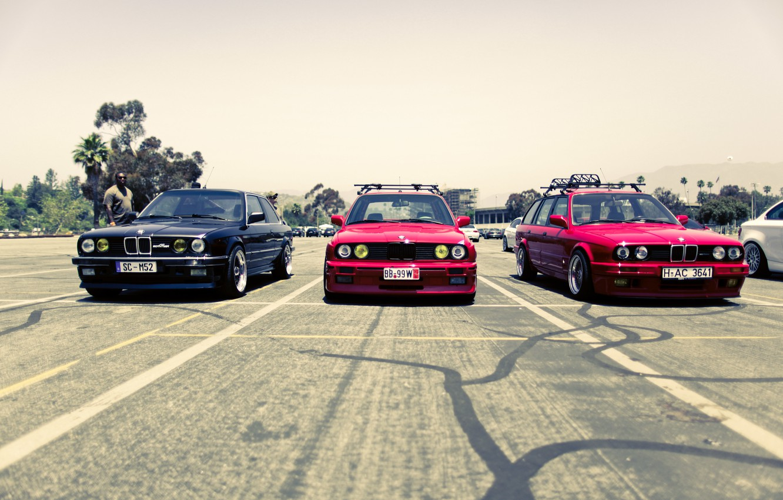 Photo wallpaper street, BMW, BMW, red, black, trio, street, E34, E30, The 3 series, 325i, red. black