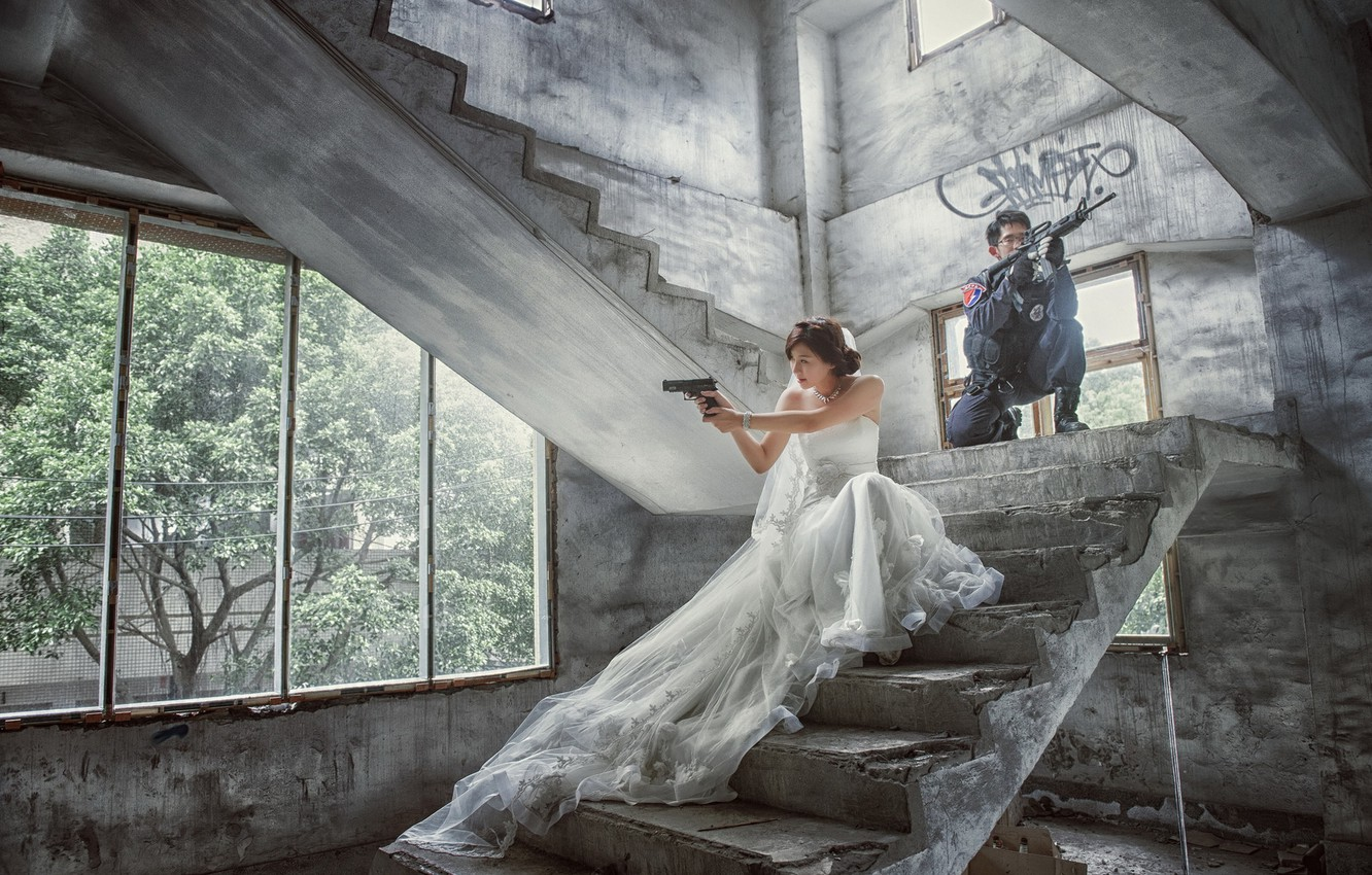Photo wallpaper girl, weapons, soldiers