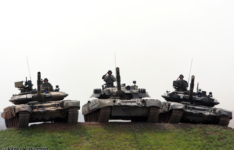 Photo wallpaper Tanks, T-80U, T-90A, T-90S
