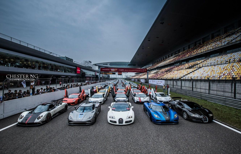 Photo wallpaper bugatti, supercar, supercars, track, voitur