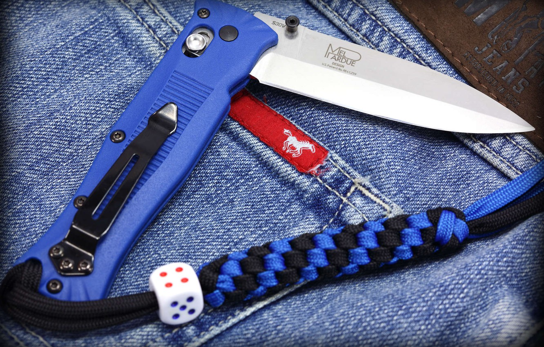 Photo wallpaper knife, cord, s30v, folding, lanyard, benchmade, dice, mel pardue