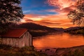 Picture lake, house, sunset